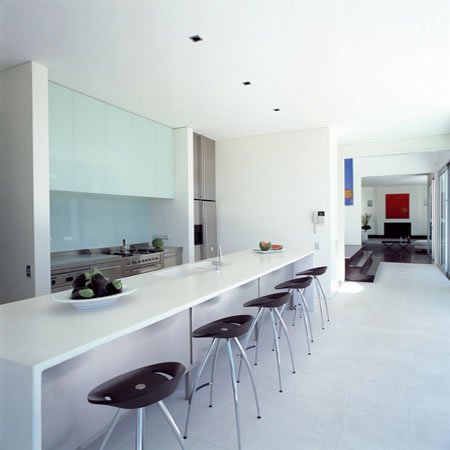 Clean minimalist house near hobson bay home gallery for Minimalist house cleaning