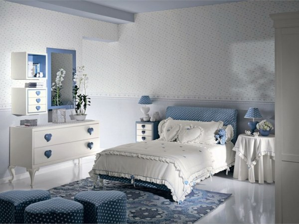 heart themed kids room in traditional style