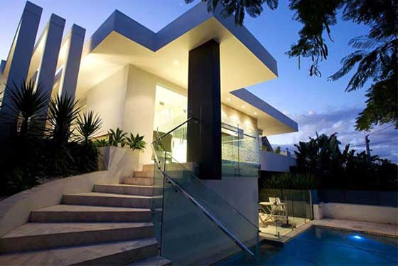 luxury residence in Hamilton Brisbane exterior view